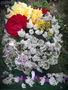Flowers on the Doors Festival 2020, Main Road, Sundridge